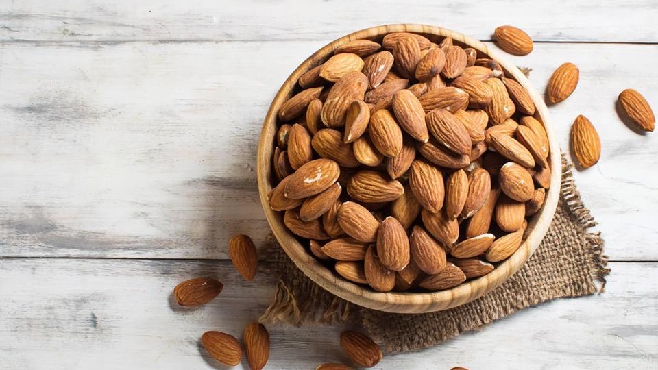 Health Benefits Almonds Everyday For Men & Women – Health Herb